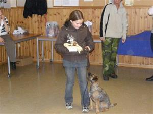 Lexie och Nicole vinner lydnadsklass 1 på EHDK 2007
