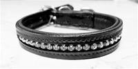 Strasshalsband svart